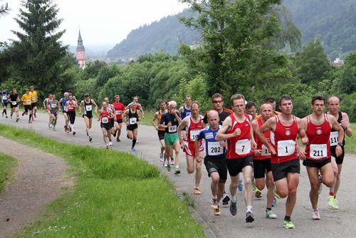 Berglaufsaison beginnt mit Kandel-Berglauf in Waldkirch / Schwarzwald Berglauf-Pokal wieder mit sieben Läufen