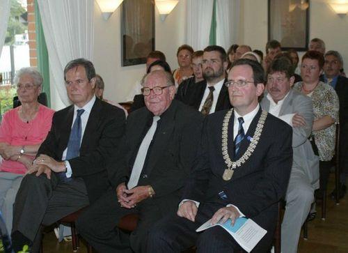 Hans Motzenbäcker ist Ehrenbürger von Brühl