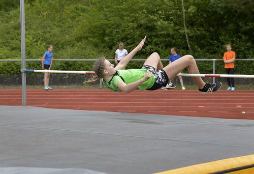 Erstes Freiluft-Training und Leistungstest der U14-Fördergruppe Leichtathletik im Rhein-Neckar-Kreis