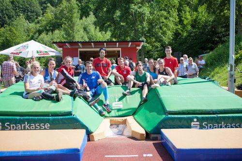 Erst am Himmel ist die Grenze: 13. Stabhochsprung-Meeting in Weisenbach