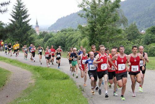 Stefan Hinze und Marie-Luise Heilig-Duventäster Masters-Sieger auf dem Kandel / Gute Ergebnisse für Badens Bergläufer