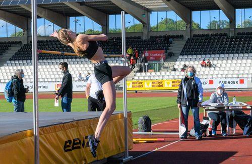 Johanna Göring meistert 1,92 Meter