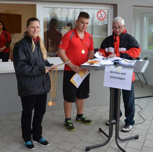 Tim Stösser setzt Glanzpunkt bei Bad. Winterwurfmeisterschaften U16